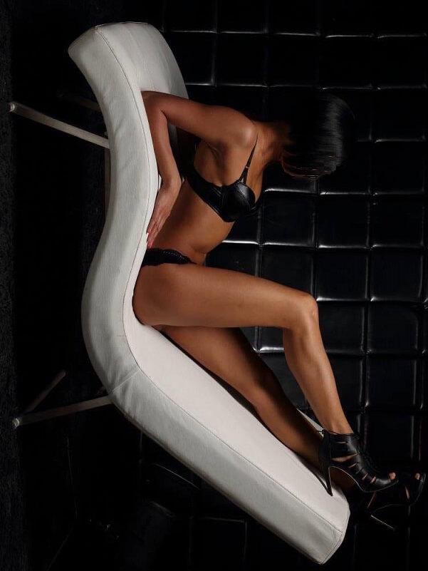 Kinga - Budapest erotic massage