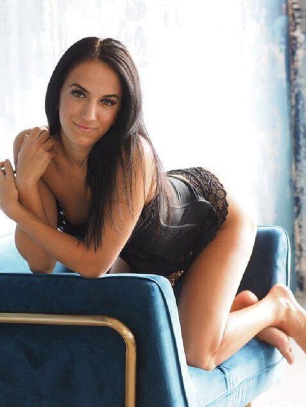 Lorina - Budapest erotic massage