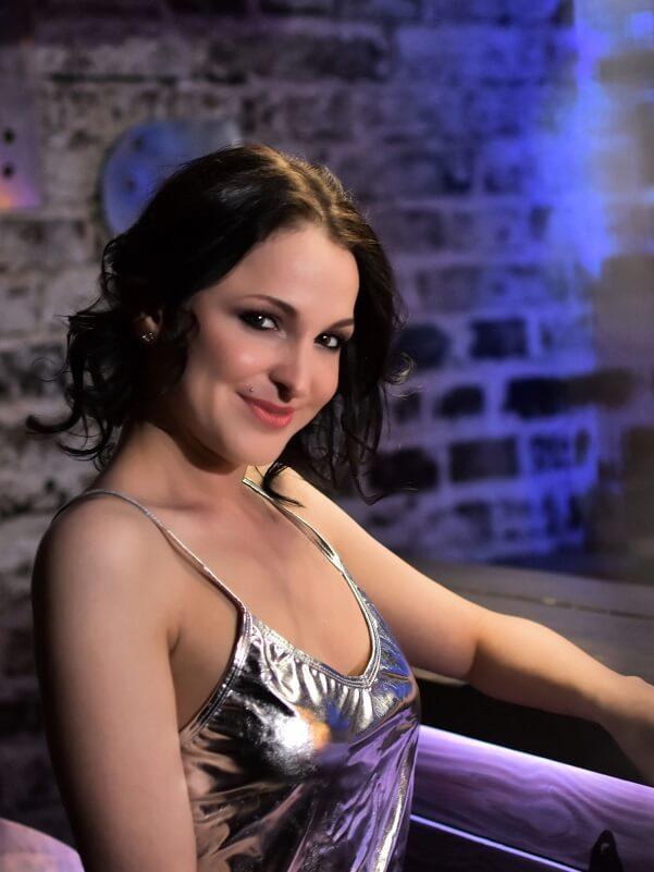 Lara - Budapest erotic massage
