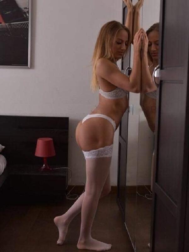 Lorina - Budapest erotikus masszázs