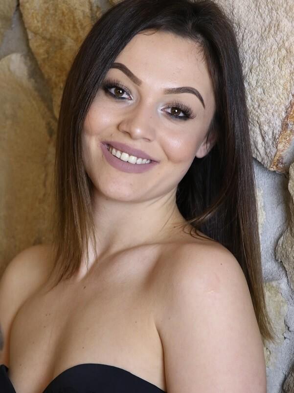 Tina - Budapest erotikus masszázs