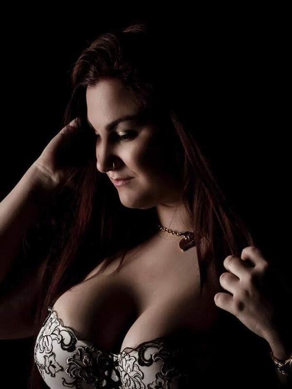 Emily - Budapest erotikus masszázs