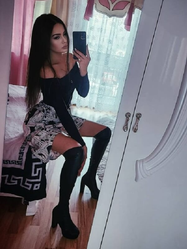 Pamela - Budapest erotikus masszázs